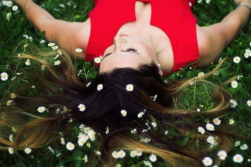 Meditation- Sommerleicht und farbenfroh im Garten